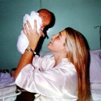 Sara Perrone: Una mamá con trayectoria