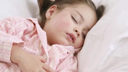 nina-durmiendo